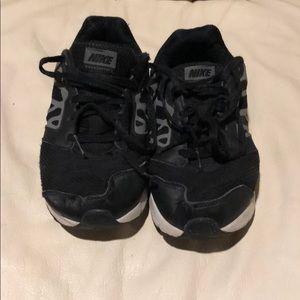 Boys Nike Downshifter 6 Sneakers